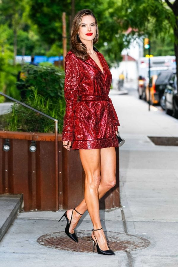 37 Hottest Alessandra Ambrosio Photos That Are Too Hot To Handle-1