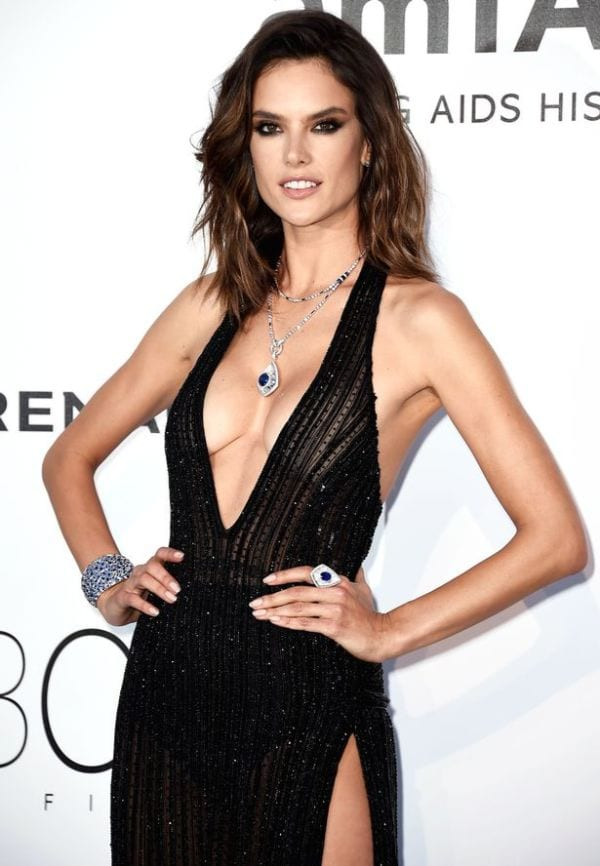 37 Hottest Alessandra Ambrosio Photos That Are Too Hot To Handle-8