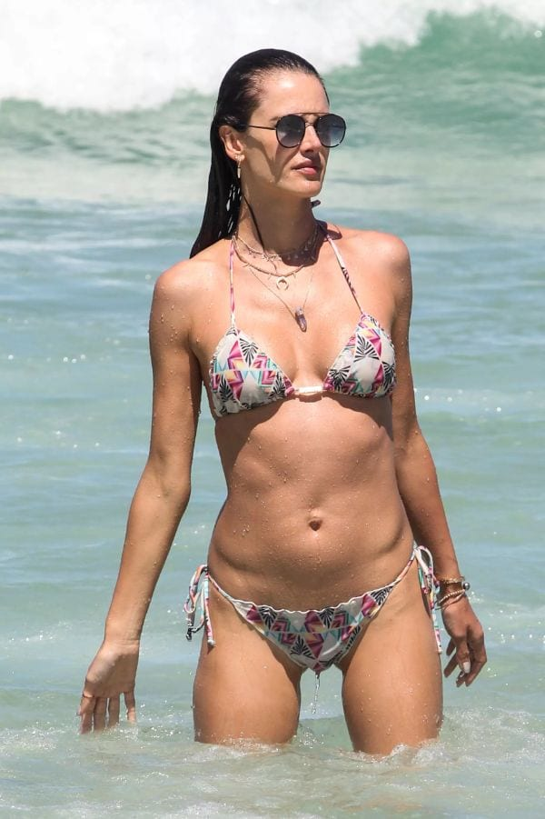37 Hottest Alessandra Ambrosio Photos That Are Too Hot To Handle-10