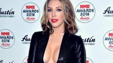 32 Hot Half-Nude Pictures of Katherine Ryan