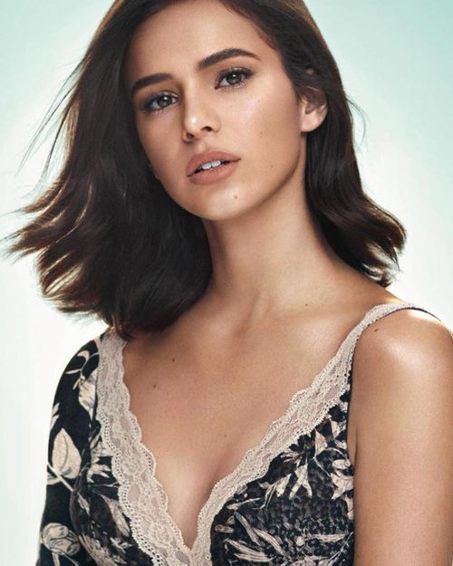 Bruna Marquezine top most beautiful brazilian woman